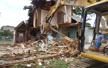 Demolition Services Service Surrey BC Langley BC Wight Rock BC Richmond BC Mapple Rich BC Abordsfort BC